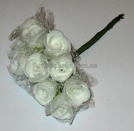 Білі трояндочки з фатином 10/2 см