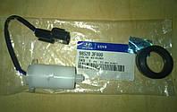 Датчик уровня жидкости в бачке омывателя HYUNDAI Sonata, Santa Fe, Elantra, IX55, Veracruz, Azera 98520-3F000