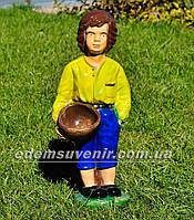 Подставка для цветов кашпо Мальчик с корзиной, фото 1