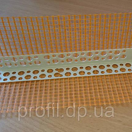 Уголок ПВХ перфорированный с сеткой 7*7 см 3 м, фото 2