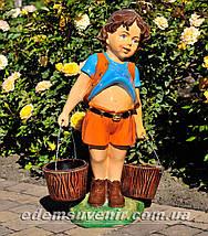 Подставка для цветов кашпо Мальчик с ведрами, фото 3