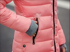 Женская розовая зимняя удлиненная теплая парка пуховик, фото 3