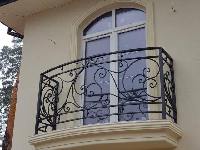 Кованые перила на балкон 2