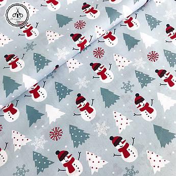 """Польская хлопковая ткань """"снеговики с серой ёлкoй на серо-голубом фоне"""""""