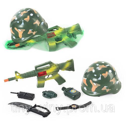 Каска 8011 (72шт) 21см, военный набор, 7 предметов (автомат-трещотка), в сетке,38-13-4см