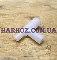 Тройник на крышку бидона доильного аппарата