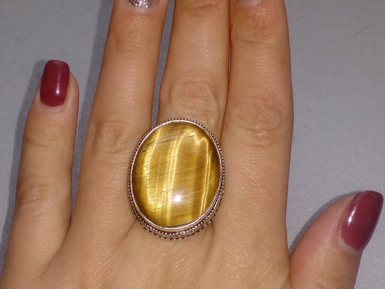 Кольцо тигровый глаз. Кольцо овал с натуральным тигровым глазом в серебре 19,25-19,5 размер Индия