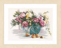 """PN-0162299 Набор для вышивки крестом LanArte Still Life of Flowers """"Натюрморт из цветов"""""""