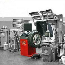 Промислове прибиральне і очисне обладнання