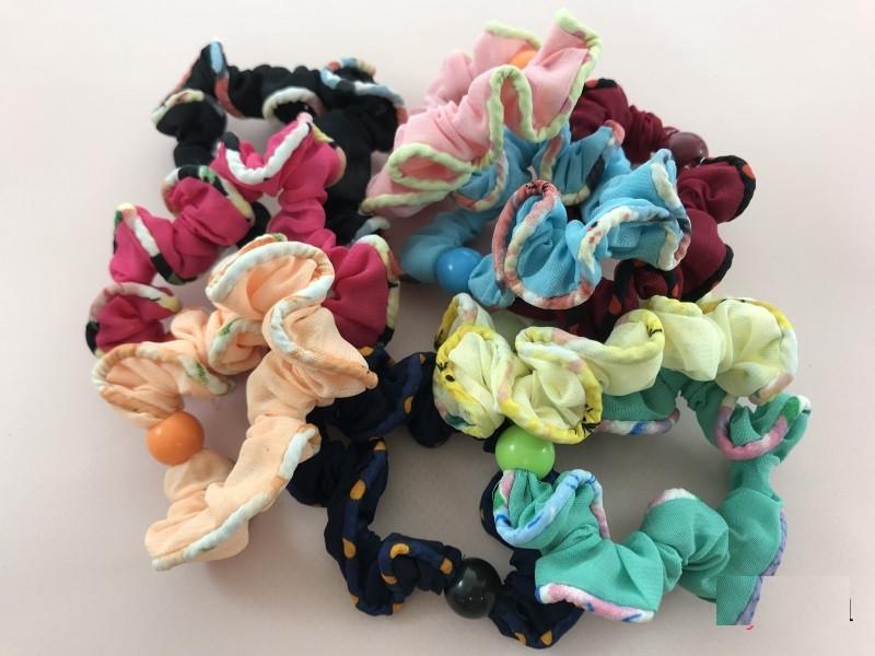 Набор ярких резинок с бусинками 9-ти цветов, 20 штук