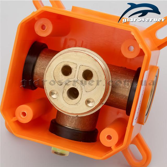 Смеситель для душа SVB-01 используется для комплектации душевых систем, гарнитуров, гигиенического душа скрытого монтажа.