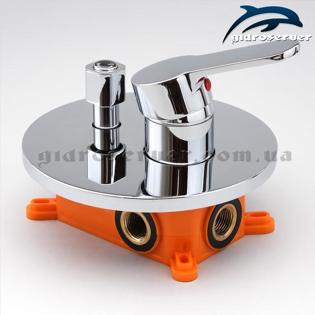 Смеситель скрытого монтажа для душевой системы SVB-02 с переключателем на 2 режима работы.