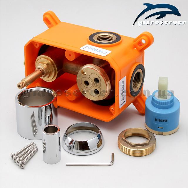 Встраиваемый смеситель для душа SVB-02 используется как основное устройство для душевых систем, гарнитуров, программ скрытого монтажа.