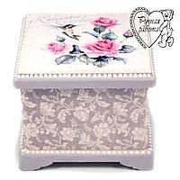 Скринька Колібрі троянди 12 * 12 * 10 см