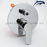 Вбудовуваний змішувач для душової системи прихованого монтажу SVB-03 з перемикачем на 3 положення.