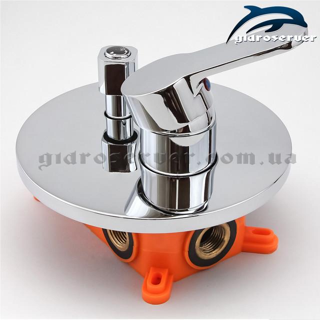 Встраиваемый смеситель для душевой системы, гарнитура SVB-03 с переключателем на 3 положения.