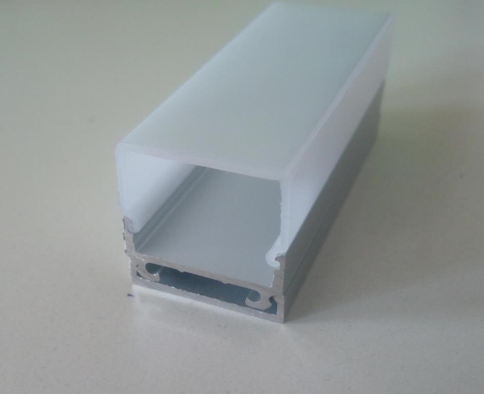Накладний алюмінієвий профіль разом з розсіювачем 2 м для LED стрічки АЛ-11