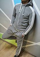 Утеплений спортивний костюм з капюшоном сірий з лампасами, фото 1