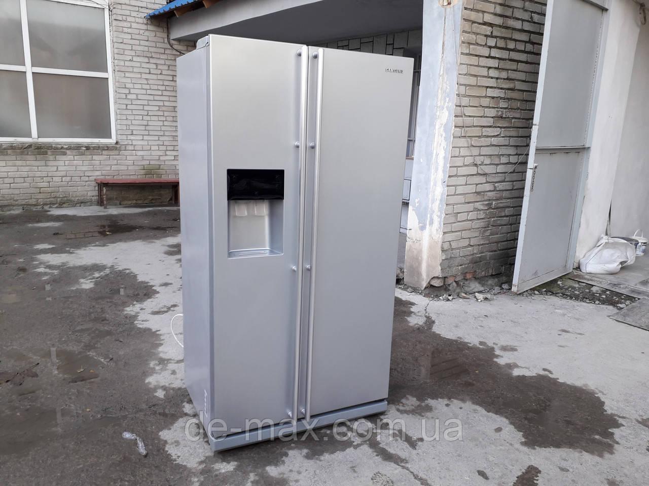 Side-by-side холодильник Samsung RSG-5FURS1 No Frost