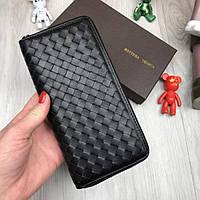 Кожаный кошелек Bottega Veneta черный клатч на молнии из натуральной кожи женский мужской Боттега реплика, фото 1