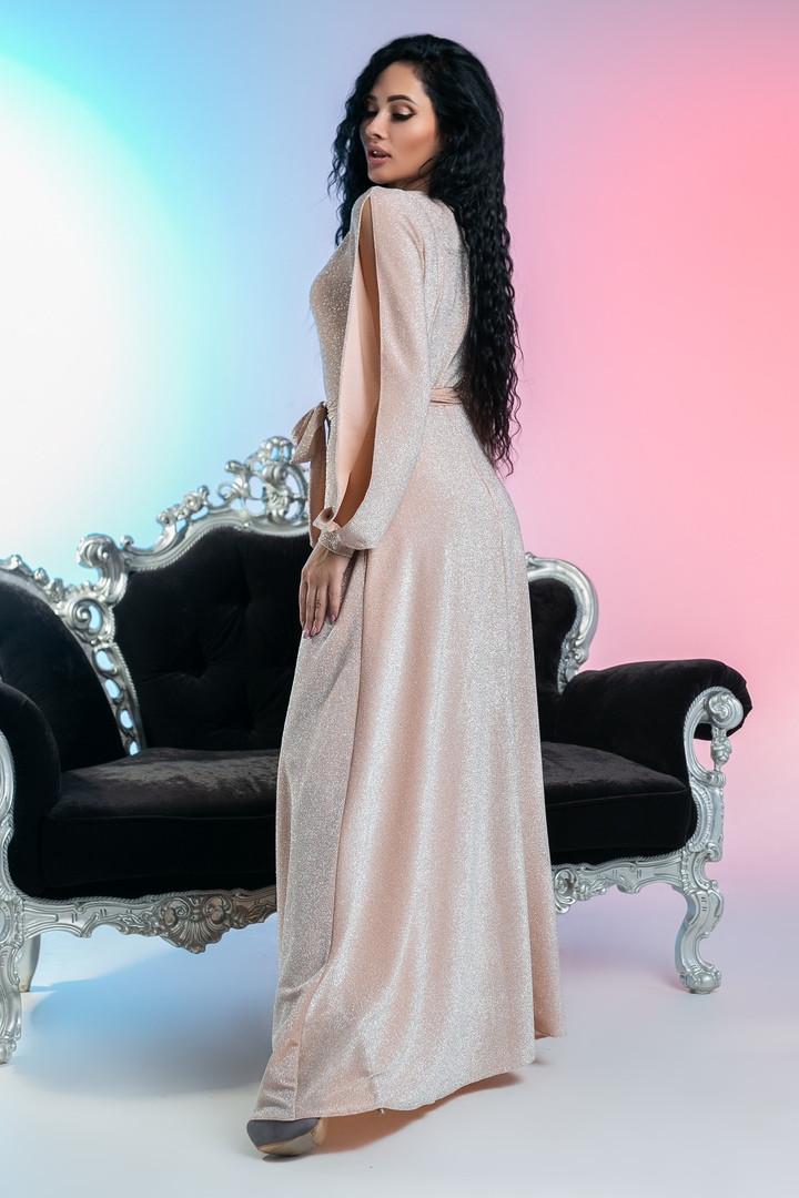 96e31605547 Длинное платье для торжеств с необычными рукавами