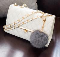 Женский клатч сумка HandBag с меховым помпоном Белый, фото 1