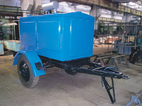 Прицеп-платформа для использования больших генераторов. Прицеп для перевозки промышленных генераторов.