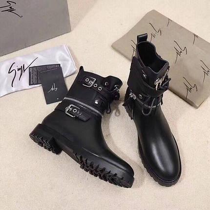 3388b221fcec Женские кожаные осенние ботинки Giuseppe Zanotti черные   продажа ...
