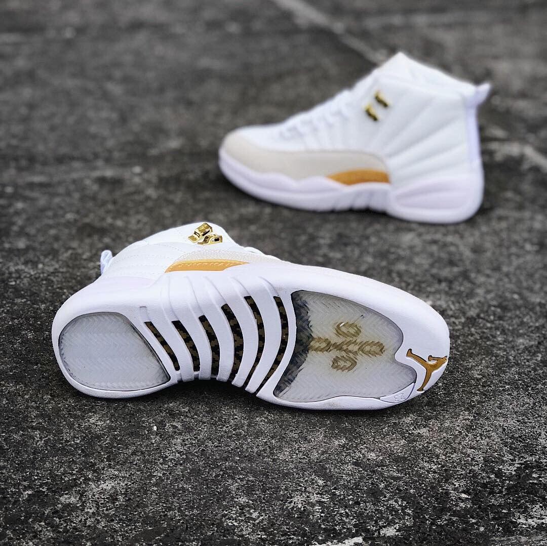 2bdc7d065 ... Air Jordan XII Ovo | женские кроссовки; белые; кожаные; осенние/весенние,  ...