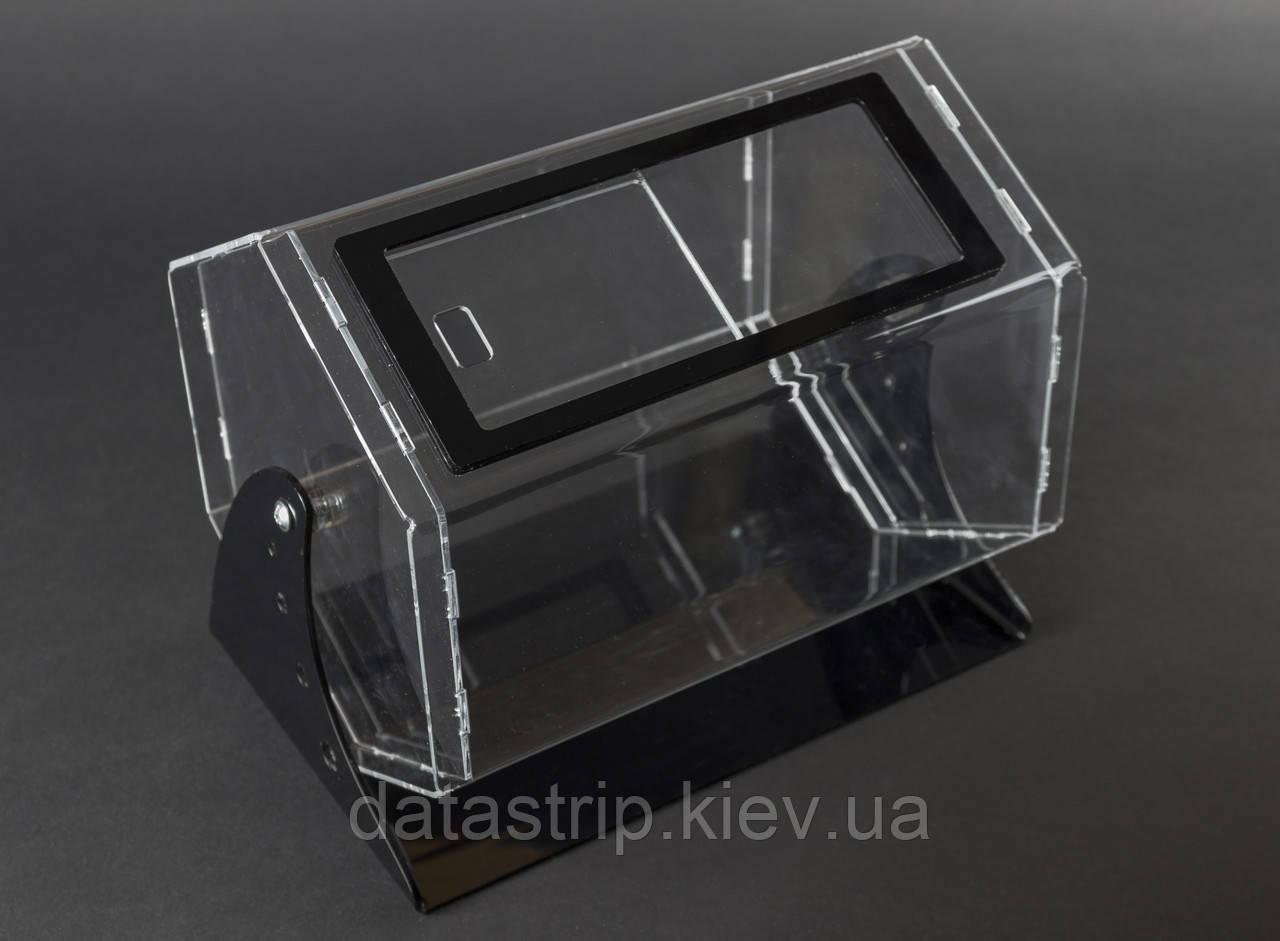 Лототрон 5 литров на черной подставке.