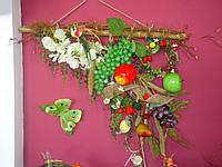 Композиция на стену с фруктами