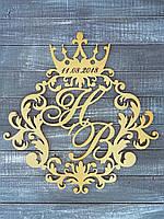 Семейный герб или монограмма с короной. Изготовлено из фанеры 6мм.