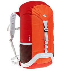Рюкзак 30л для хайкинга Quechua Arpenaz 30 красно оранжевого цвета