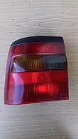 Задній ліхтар Opel Vectra A Britax 90 506 197 ( L )