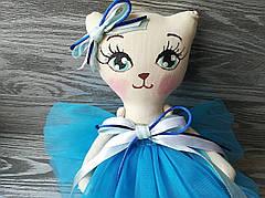 Игрушка кошка в голубом платье ручная работа hand made