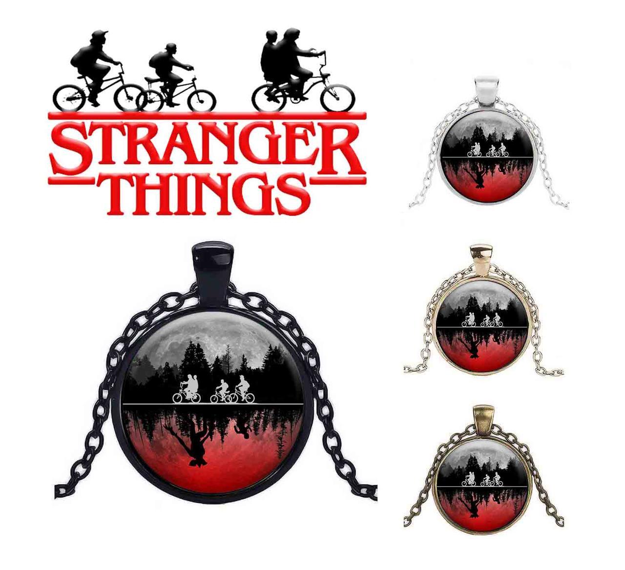 Кулон красно-черный из сериала Очень странные дела/Stranger Things