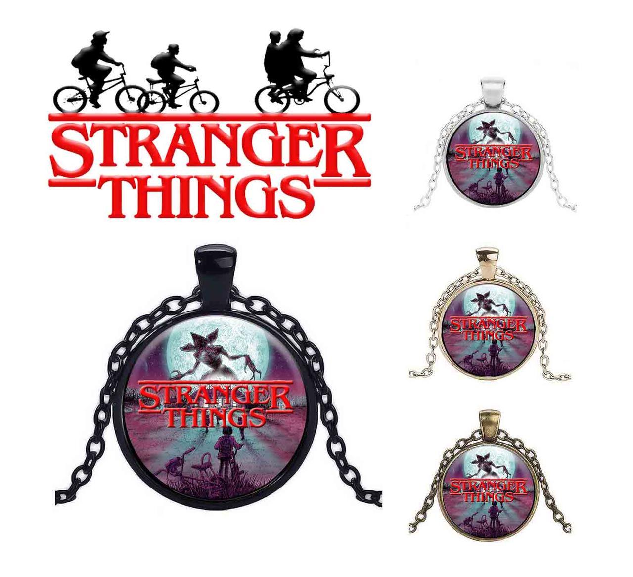 Кулон с надписью из сериала Очень странные дела/Stranger Things