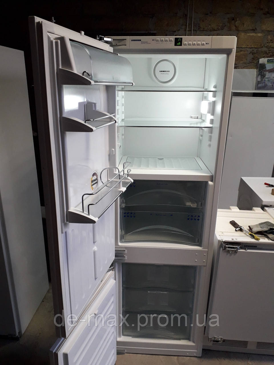 Встраиваемый холодильник LIEBHERR ICBN 3056 No Frost б/у