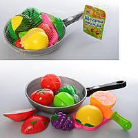 Продукты 3013 C (96шт) на липучке, досточка, ножик, в сковородке, 2 вида, в сетке, 31-18-4см
