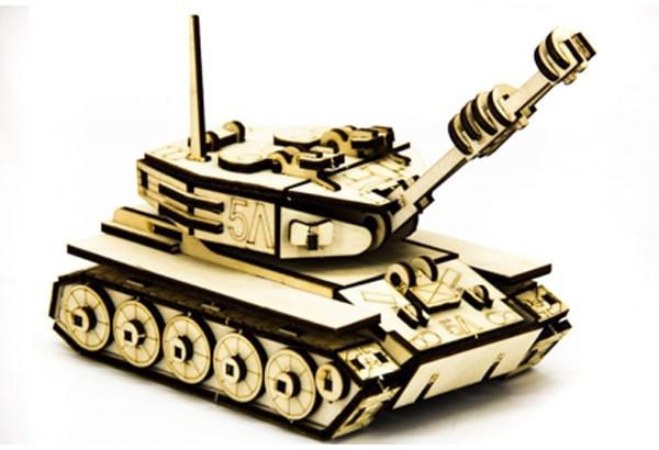 Механический деревянный 3D пазл SUNROZ Танк М-60 105 эл. (SUN1751)