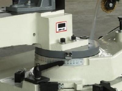 Ленточнопильный станок FDB Maschinen SG 5020