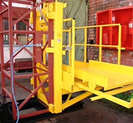 Строительный подъемник мачтовый секционный с выкатной платформой ПМГ г/п 500 кг . Мачтовые подъёмники H- 35  м, фото 2