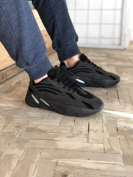 4a357da6 Мужские кроссовки Adidas Yeezy 700 Boost Runner Triple Black, Реплика