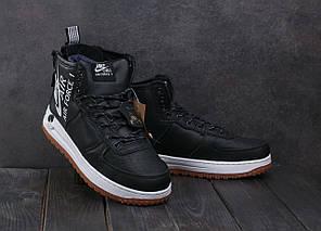 Мужские зимние кроссовки Nike Aiir Force черные с белой подошвой топ реплика, фото 2