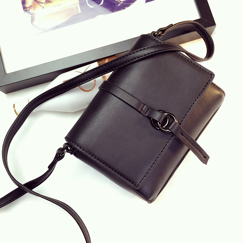 Женская мини сумочка черная на молнии