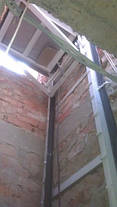 Подъёмник-лифт сервисный кухонный в кирпичной шахте под заказ. , фото 2