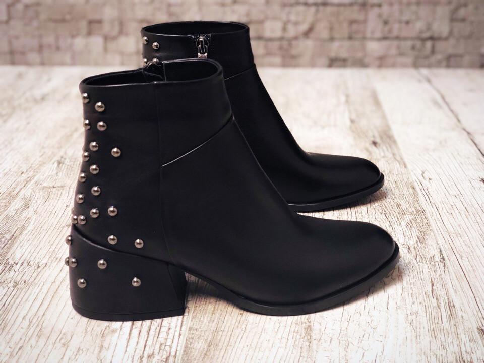 c59413f515d8 Аккуратные удобные зимние ботинки классика маленький широкий каблук кожа  натурал утепленные мехом размер 36-40