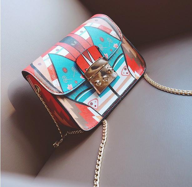 Женская сумка маленькая на цепочке с этно рисунком опт