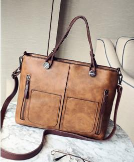 Женская сумка на молнии из экокожи с плечевым ремешком коричневая опт