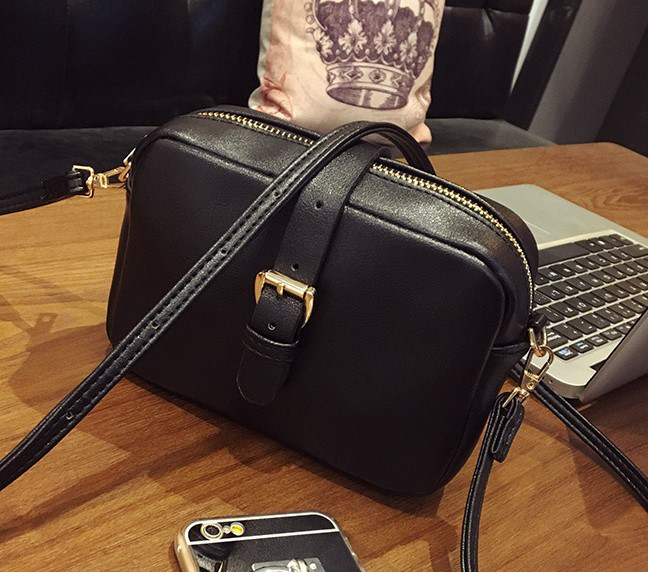 Женская маленькая сумочка на молнии из экокожи черная опт